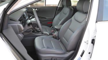Hyundai Ioniq Plug-in hybrid - front seats