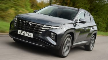 Hyundai Tucson Ultimate Hybrid - first report front action