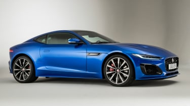 Jaguar F-Type - front 3/4 static