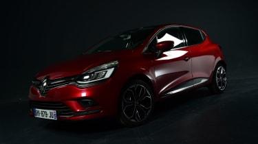 Mk4 Renault Clio studio dark