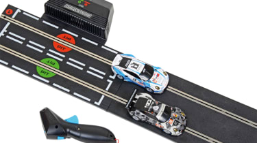 Best Scalextric and slot car sets 2017/2018 - Scalextric ARC Air 24H Le Mans Porsche 911 track