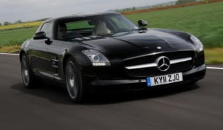 Mercedes SLS AMG front tracking