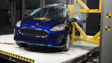Ford Fiesta crash test 2017