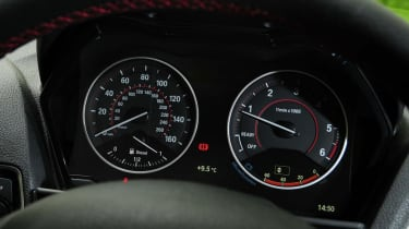Used BMW 2 Series - dials