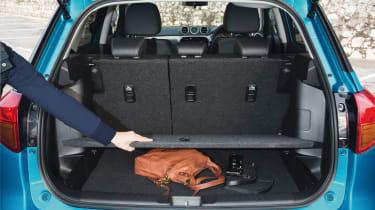 Suzuki Vitara - boot under floor