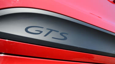 Porsche Macan GTS - badge