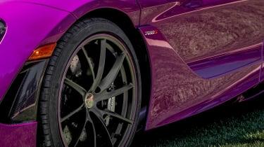 McLaren 720 MSO Fux Fuchsia - wheel