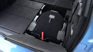 Citroen Grand C4 Picasso rear seat stowed