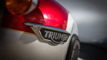 Triumph Bonneville T120 review - badge Triumph