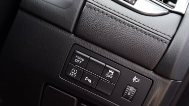 Mazda 6 - buttons