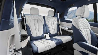 BMW X7 spy shot - seats