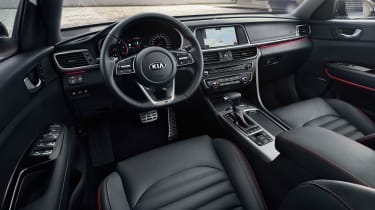 Kia Optima SW - dash