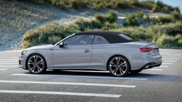 Audi A5 Cabriolet - roof