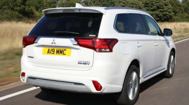 New 2019 Mitsubishi Outlander PHEV rear
