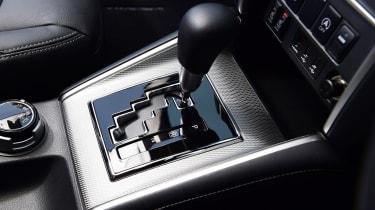 Mitsubishi L200 - transmission