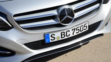 Mercedes B220 CDI 4MATIC Sport - grille
