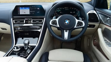BMW M850i xDrive Gran Coupe - dash