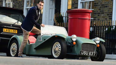 Caterham Seven road trip - walk in