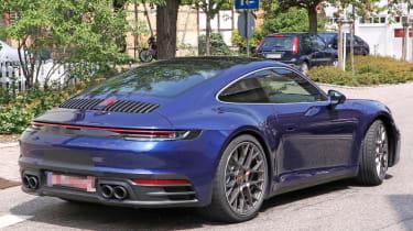 Next generation Porsche 911 black wheels