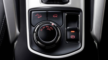 Mitsubishi Shogun Sport transmission