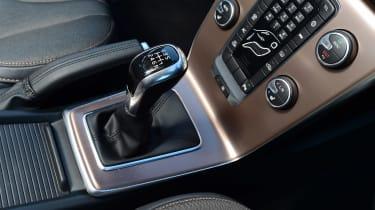 Volvo V40 Cross Country - centre console