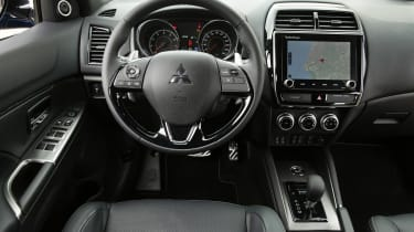 Mitsubishi ASX - cabin