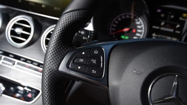 Mercedes-AMG C 43 - steering wheel
