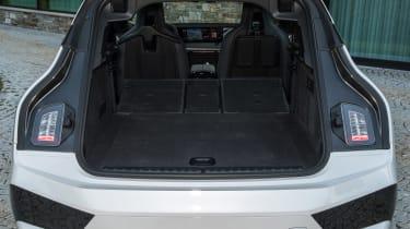 BMW iX - boot seats down