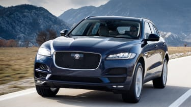 Jaguar F-Pace MY2018 - front tracking