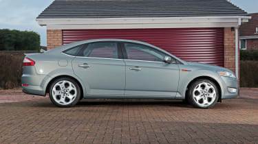 Used Ford Mondeo - side