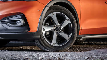 Ford Focus Active - wheel