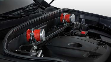 Volvo XC90 Armoured - fire extinguishers