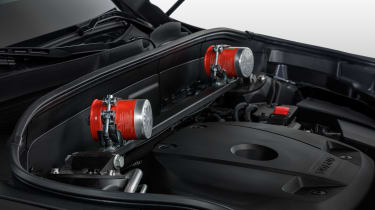 Volvo XC90 Armoured - fire extinguishers