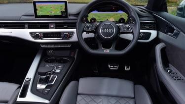 Audi S5 - dash