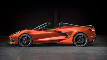 Chevrolet Corvette Stingray - side