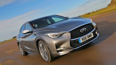 Infiniti Q30 2.2 Diesel 2016 - front tracking