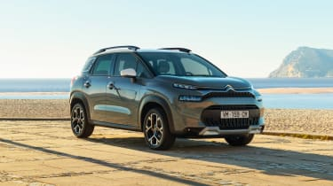 Citroen C3 Aircross - side/front static