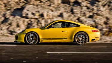 Porsche 911 Carrera T - side