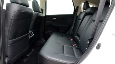 Used Honda CR-V Mk4 - rear seats
