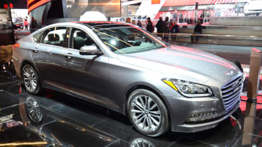 Hyundai Genesis G90 saloon - front quarter show