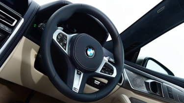 BMW M850i xDrive Gran Coupe - steering wheel