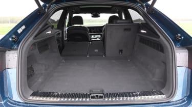 Audi Q8 - Boot