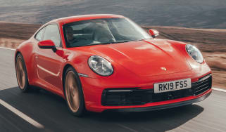 Porsche 911 - front driving