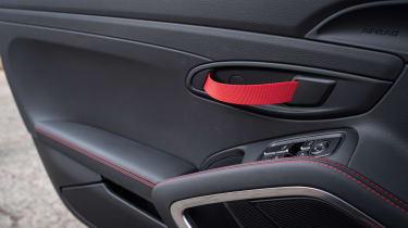 Porsche 718 Boxster T - door handle