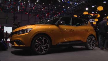Renault Scenic Geneva - side