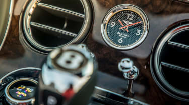 Bentley Continental GT Convertible - clock