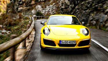 Porsche 911 Carrera T - full front