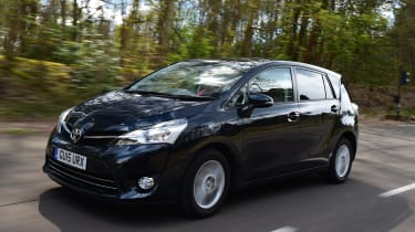 Long-term test review Toyota Verso - front tracking