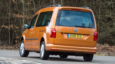 Volkswagen Caddy Maxi Life TSI 2016 - rear cornering 2