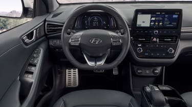 Hyundai Ioniq Electric - dash